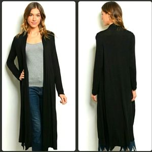 Love In black duster with pockets